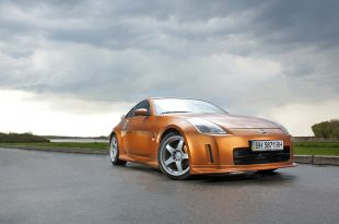 Nissan 350Z front 3/4